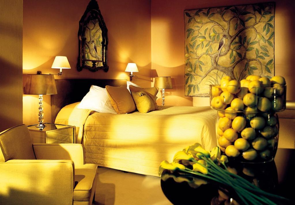 Stunning views from theBelmond Le Manoir aux Quat'Saisons Hotel Room
