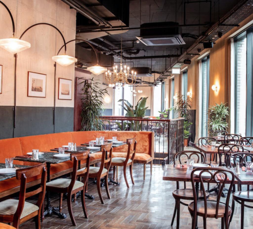 Peri peri restaurant in London, cash do frango, shoreditch, UK